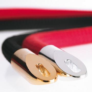 Cordón Trenzado Negro 150 cm. terminal dorado